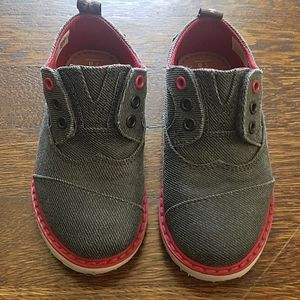 Tom's toddler boys shoes